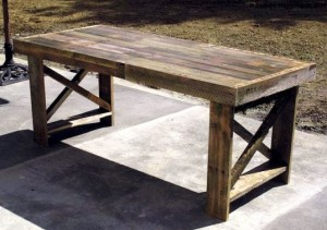 pallet-table-537x379